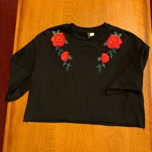 Crop Top with Roses 🌹